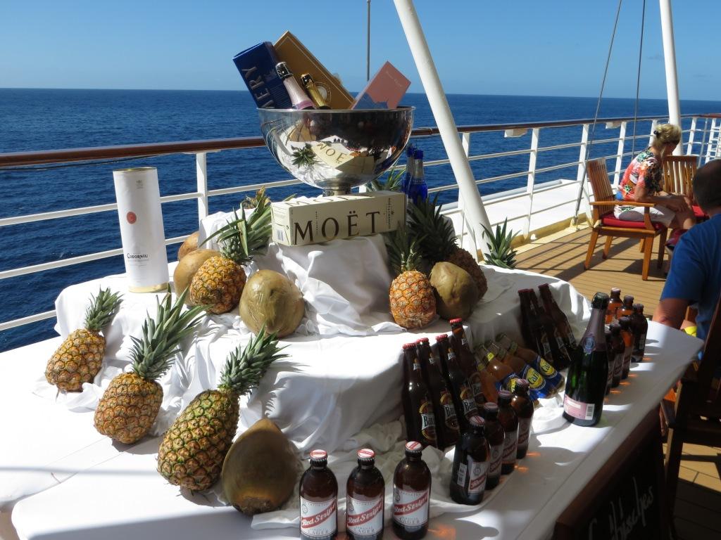 An Bord der Mein Schiff 2