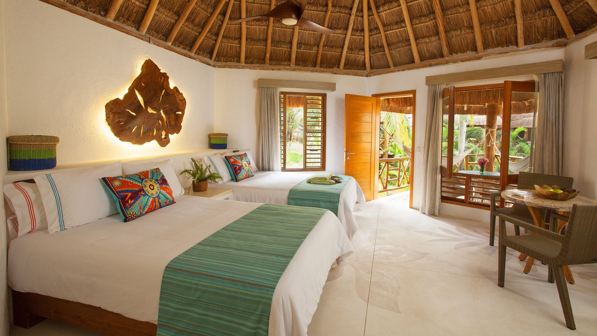 © Mahekal Beach Resort Zimmer
