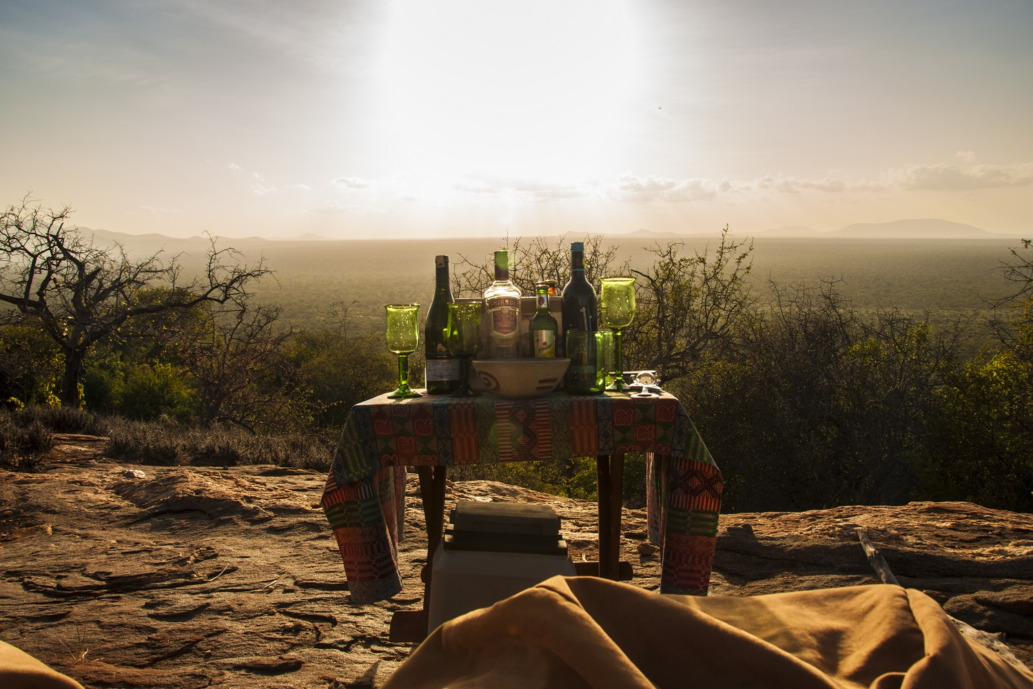Sundowner im Kipalo Hill Camp © Best4Travel